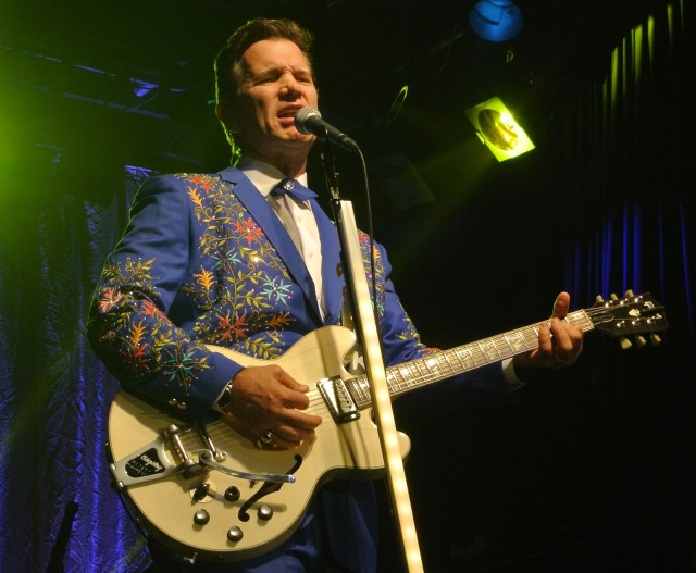 Chris Isaak at Billy Bob's Texas